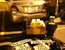 Bắt xe ô tô gắn biển giả vận chuyển 4500 bao thuốc lá nhập lậu