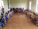 Trường đóng cửa, 400 trẻ chen chúc học trong nhà văn hóa thôn