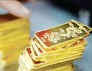 """Vàng SJC và USD """"đua nhau"""" tăng giá"""