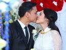 Tú Vi - Văn Anh rạng rỡ ngày thành hôn