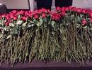 Bà Clinton được tặng 1.200 bông hồng sau thất bại bầu cử