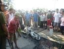 Hoảng hồn phát hiện xác chết bị xe máy đè dưới mương nước