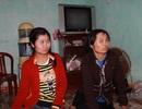 Nỗi buồn lo của người phụ nữ dắt 4 con trở về từ Trung Quốc