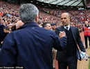 MU 1-2 Man City: Guardiola lại thắng Mourinho