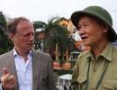 Đại sứ EU trổ tài nói tiếng Việt để hỏi đường đi xe buýt