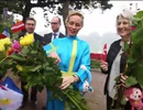 Các đại sứ châu Âu ăn phở vỉa hè, đi chợ hoa ngày Tết
