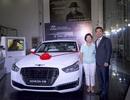 Hyundai Thành Công trao thưởng xe Genesis G90 cho golf thủ đoạt giải Hold In One