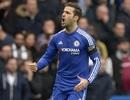 Fabregas cứu Chelsea thoát thua West Ham