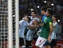 Messi giúp Argentina hạ Bolivia, Brazil hòa may mắn Paraguay