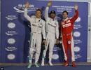 Pole thứ hai liên tiếp cho Lewis Hamilton