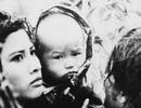 """Em bé trong phim """"Cánh đồng hoang"""" là ai?"""