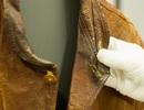 Chiếc áo da cũ được mua lại giá 3,2 tỷ đồng có gì đặc biệt?