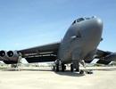 """""""Pháo đài bay B52"""" Mỹ trút """"mưa bom"""" phá kho vũ khí của IS"""