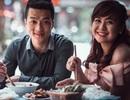 Chuyện tình của cặp đôi bằng tuổi, hẹn hò phải mang… chứng minh thư