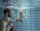 Vì sao nên tắm trước khi xuống bể bơi?