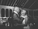Cô dâu xuống tóc cho lễ cưới vì chủ rể ung thư giai đoạn cuối