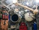 Clip thủy thủ tàu ngầm Nga thoát hiểm qua ống phóng lôi