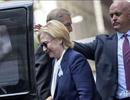Bà Clinton bị viêm phổi, ngất xỉu trong lễ tưởng niệm 11/9