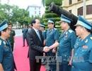 Chủ tịch nước thăm và làm việc với Quân chủng Phòng không - Không quân