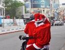 """Mùa Noel - mùa của những """"ông già"""" thi nhau xuống phố"""