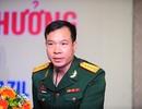 Trao thưởng gần 5 tỷ đồng cho xạ thủ Hoàng Xuân Vinh