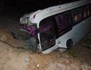 Xe chở công nhân viên về ăn tết bị nạn, 1 người chết, 25 bị thương