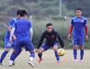 """Đội tuyển Việt Nam """"luyện công"""" dưới mưa chờ quyết đấu Indonesia"""