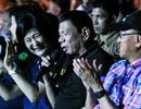 Tổng thống Philippines Duterte trổ tài ca hát