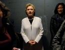 Nhân viên chiến dịch tranh cử của bà Clinton bị mất máy tính xách tay