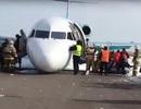 """Mất bánh trước, phi công """"tay lái lụa"""" cứu sống 116 hành khách"""