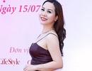 Kim Chi quyến rũ với váy hai dây