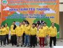 """""""Hành trình yêu thương"""" của hàng trăm học sinh Hà Nội tới trẻ em Làng Hòa Bình"""