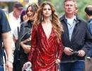 Selena Gomez diện váy xẻ ngực sexy, khoe vẻ đẹp mê hồn