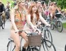 Lễ hội khỏa thân đi xe đạp ở Anh độc đáo cỡ nào?