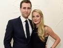 Neville của phim Harry Potter đã đính hôn với bạn gái