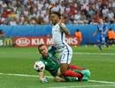 Bộ mặt thật của đội tuyển Anh sau vẻ hào nhoáng được báo chí tung hô
