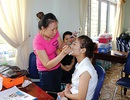 Sài Gòn có nghề cho thuê… da mặt