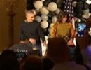 Vợ chồng Obama nhảy Michael Jackson trong lễ Halloween