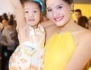 Hoa hậu Hương Giang cổ vũ xu hướng nuôi con tăng cân khỏe mạnh