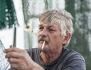 Kim loại từ đầu mẩu thuốc lá có thể đe dọa đến môi trường biển