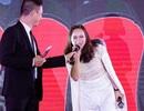 Chồng và con hộ tống ca sỹ Khánh Linh dự sự kiện