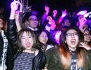Sinh viên Giao thông đội mưa cuồng nhiệt trong giai điệu rock