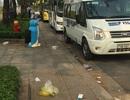"""Rác thải """"bủa vây"""" đại lộ hiện đại nhất Sài Gòn"""