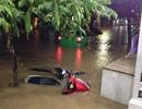 Mưa lũ khiến 2 người thiệt mạng, nhiều tuyến đường bị ngập sâu