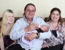 Mỹ: Ông 61 tuổi, 2 vợ, đón đứa con thứ 12