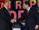 Đối thủ Ted Cruz tuyên bố dồn phiếu ủng hộ Donald Trump làm tổng thống