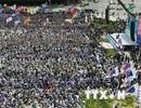Nhiều cuộc biểu tình nổ ra trong Ngày Quốc tế Lao động