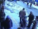 Phố đông đột nhiên bị nhấn chìm trong tuyết
