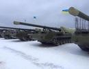 Ukraine đánh lạc dư luận bằng tăng pháo tới miền Đông?