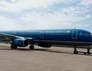 Máy bay Vietnam Airlines bị rách đuôi